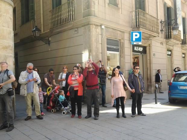 Turistas frente al Palau de la Música